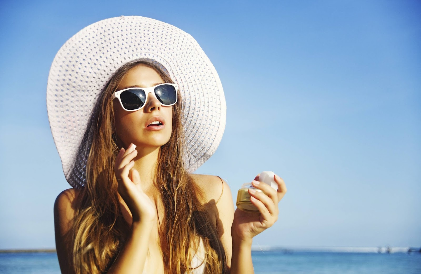 Bahaya dan Solusi Terhindar Dari Sinar UV