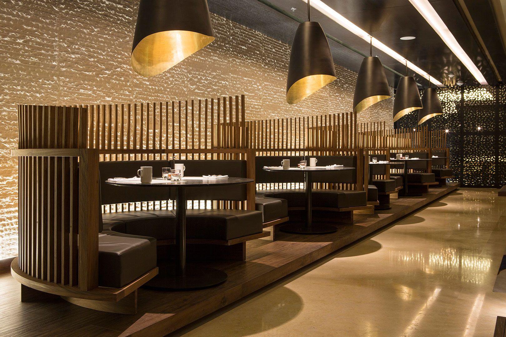 Tampilan Unik dengan Partisi Kayu, Desain Restoran Jepang Ini Bisa Kalian Tiru